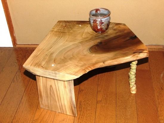 朴(ホオ)一枚板ミニテーブル