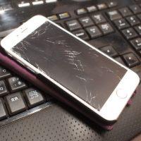iPhoneの液晶パネル破損と修理を体験して。。20161023