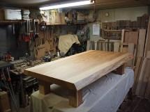 杉一枚板座卓~総杉造り超良杢一枚板厚盤・コーナー4本脚タイプ~