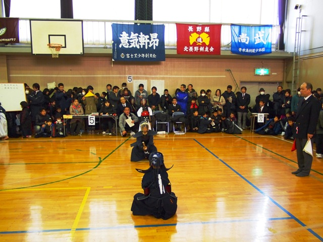 息子の剣道の試合20121216-1
