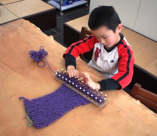 息子がマフラーを編んでくれました(*^^*)3