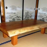座卓納品写真・コメントをお送りいただきました~岩手県小野寺様総欅造り一枚板厚盤座卓~