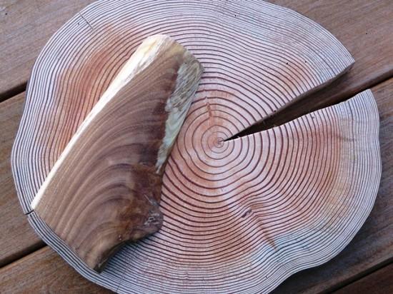 お客様の作品「色紙飾り台」~カラマツ輪切り・エンジュ端材~素材