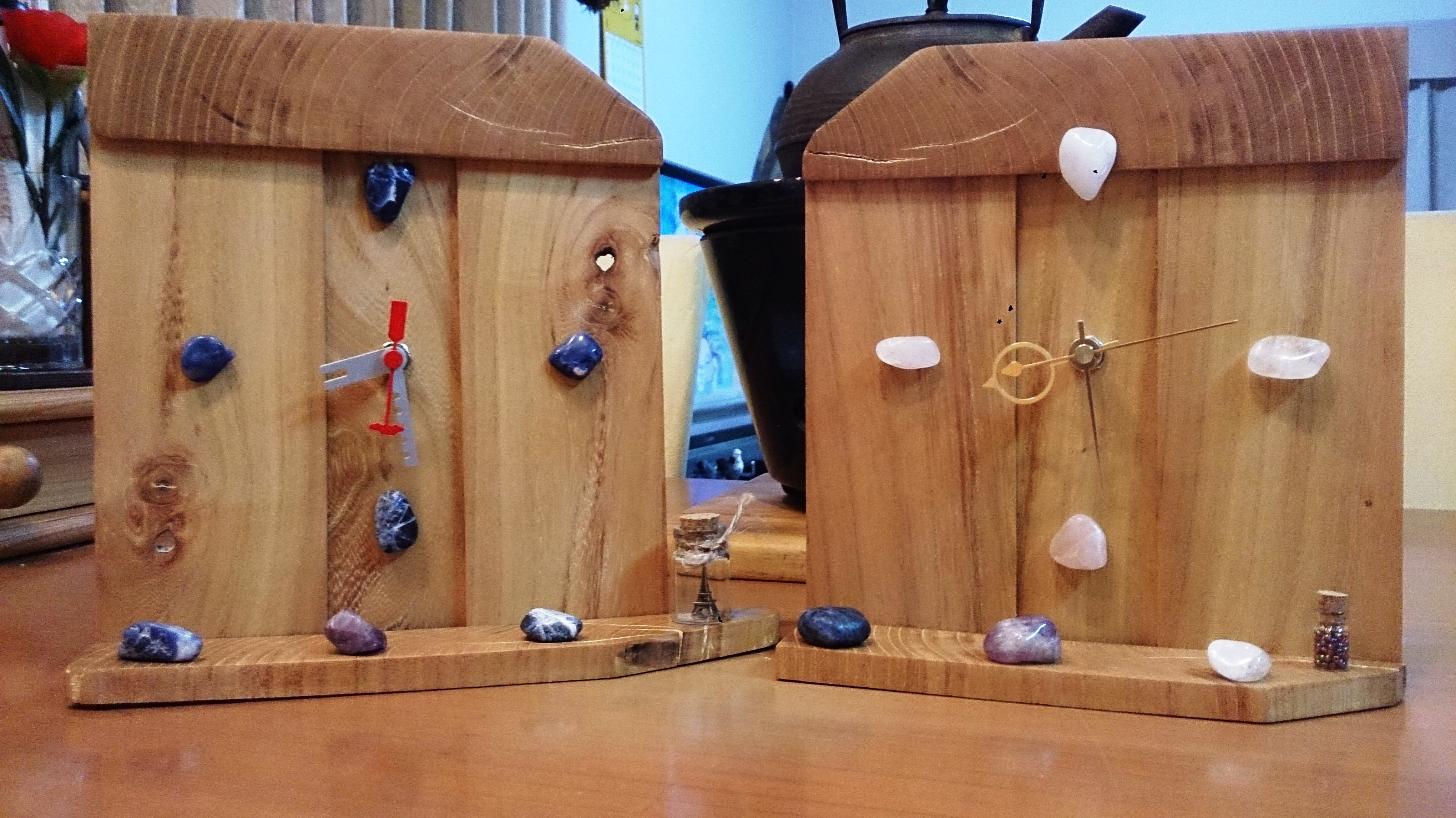 欅端材で作った時計1