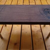 お客様のDIY作品「ソロキャンプ用の小型テーブル(ブラックウォルナット一枚板)」