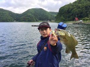 息子の今シーズン初釣果20170603-1