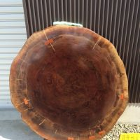 お客様のDIY作品「ブラックウォルナット輪切り一枚板テーブル」~長野県・須野原様~