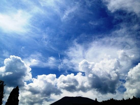 昼の散歩の時の空20120831