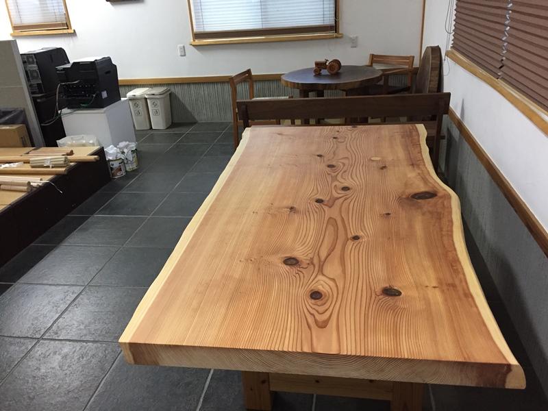 杉巨木一枚板座卓、完成!20170909-1