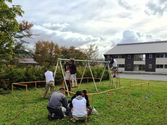 商工会青年部事業・黒姫駅前公園遊具ペンキ塗り20171005-2