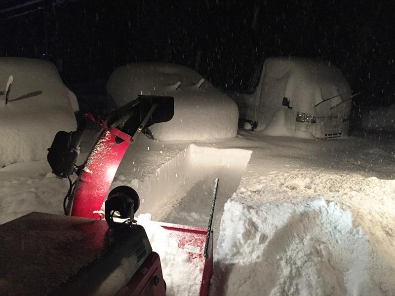 一晩で50cmを超える積雪20171227朝