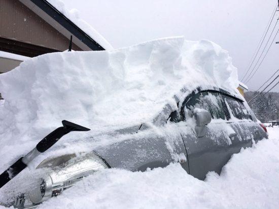 一晩で50cmを超える積雪20171227