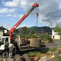 欅巨木丸太を搬入しました20150511