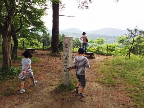 春日山城へ20150531-3