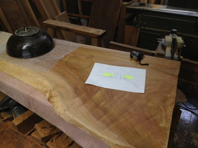 欅一枚板トイレ手洗いカウンター(陶器ボウル)2