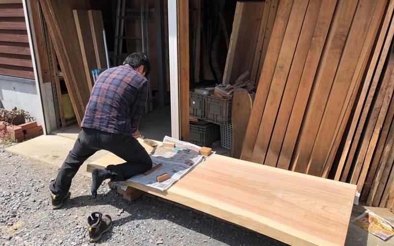 杉テーブル一枚板素材のDIY20190503-1