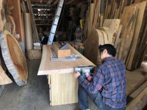 杉テーブル一枚板素材のDIY20190503-2
