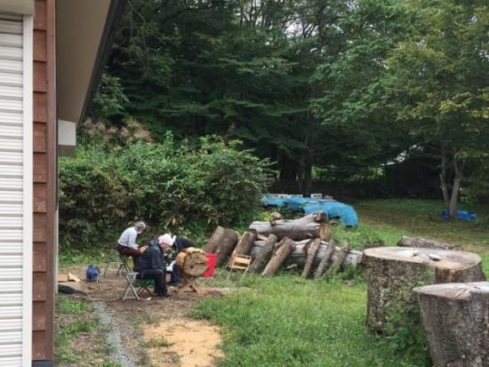 欅丸太カット・皮剥き20150928-2