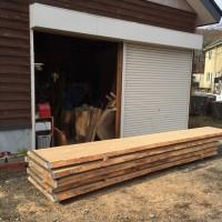 杉一枚板カウンター素材、入荷・週末の大量注文の出荷20151116