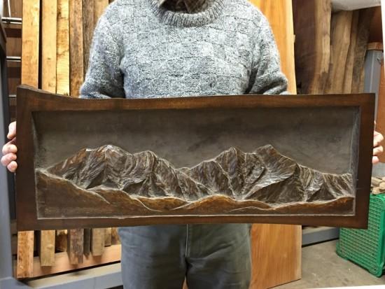 朴(ホオ)一枚板彫刻~爺ヶ岳 鹿島槍ヶ岳~2