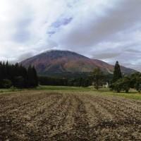 今日の黒姫山20131024~山が色付き始めました~