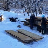 巨大欅丸太の製材・桟積みを年内に(何とか!)完了20131226