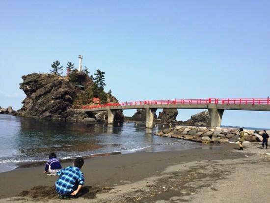 糸魚川「弁天岩・厳島神社」20160228