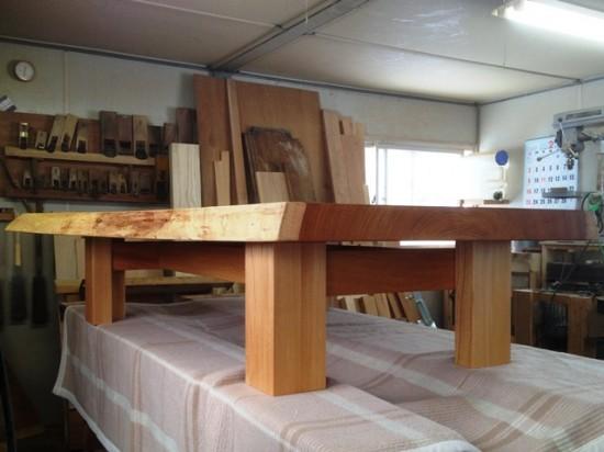 総欅造り二股一枚板座卓6