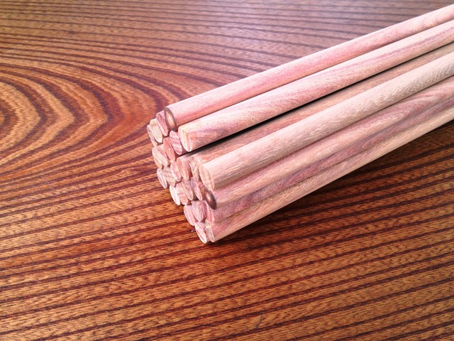 銘木紫檀(シタン)丸棒を製作いたしました20140314