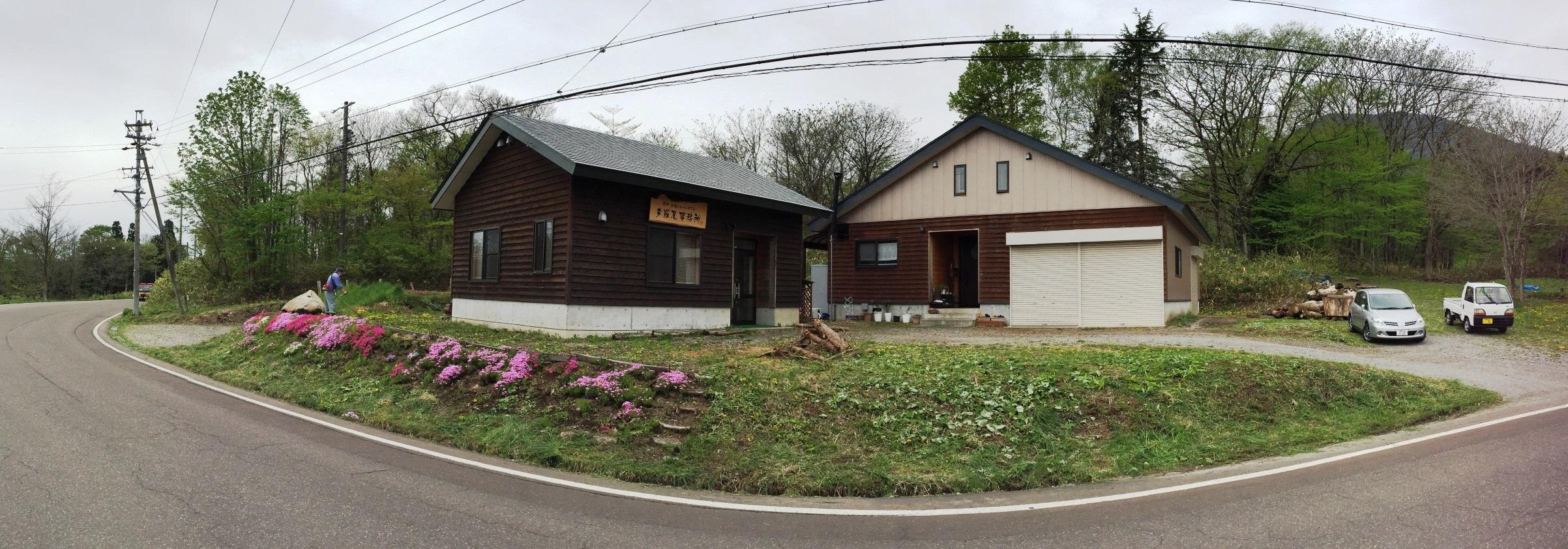 我が家の庭の風景と、とっこやさん作業場の様子20160506