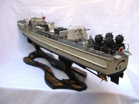 魚雷艇完成!(黒柿の船台)20161213-2
