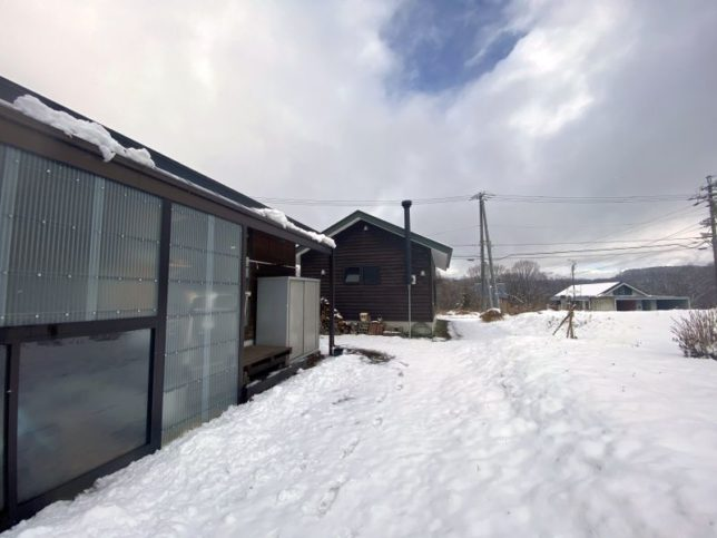 今シーズン初の積雪20201204-1