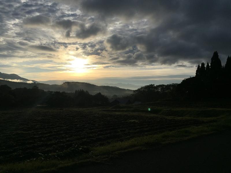 今朝は綺麗な日の出が見られました!20161014