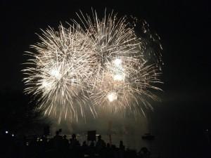 野尻湖灯ろう流し花火大会のお手伝い20140726-6