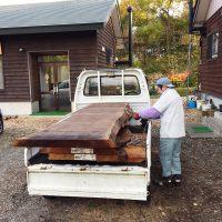 欅(ケヤキ)、栗(クリ)、ブラックウォルナット大型一枚板22枚が入荷!20161031