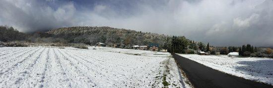 雪が一瞬止んだ時に撮影。昨日と景色が一変しました20161109