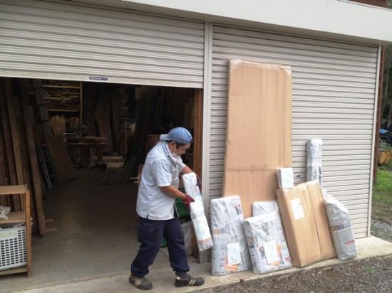 今日の作業場20140901梱包作業に追われています-2