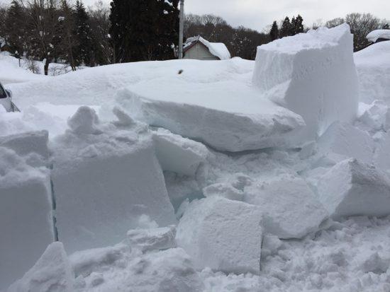 事務所屋根の雪がようやく落ちました!20170127-2
