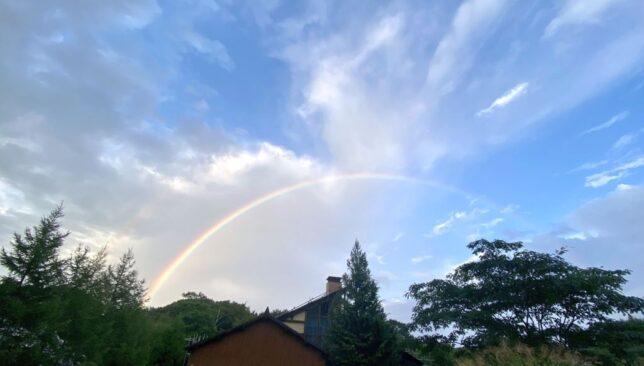 我が家からの虹20210904_17:44