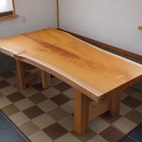 富山県・大津賀様の欅幅広一枚板厚盤テーブルが完成しました!20140111
