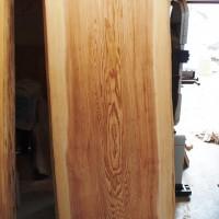長野県田中様の杉一枚板座卓の製作に入っています20131021