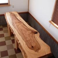 木曽檜・クス一枚板天板を仕上げました