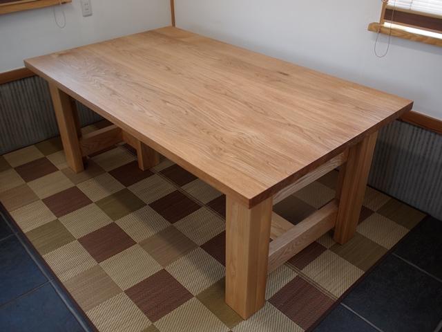 東京都・山縣様の楢(ナラ)ダイニングテーブルとティーテーブル、完成!20140412