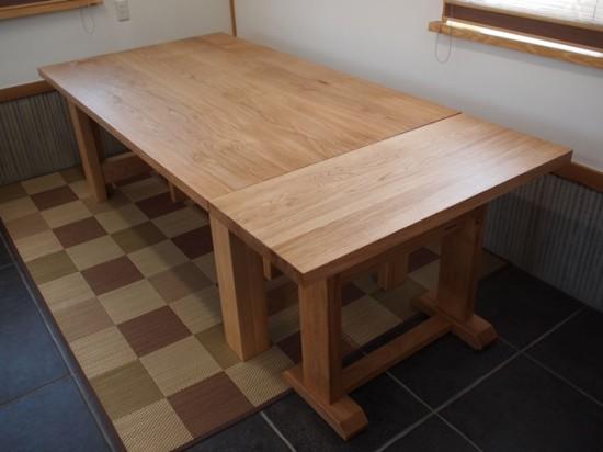 ナラダイニングテーブルとティーテーブル9