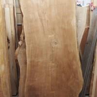 愛知県杉戸様の栗一枚板テーブルの製作に入りました20140225