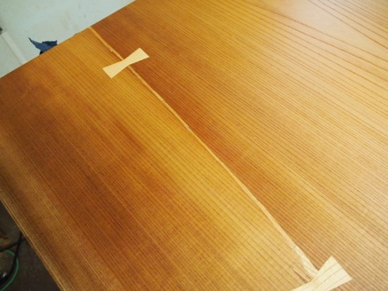 欅一枚板テーブル(くさび留め耳付き板脚)2