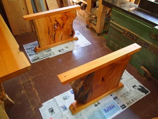 欅一枚板テーブル(くさび留め耳付き板脚)4