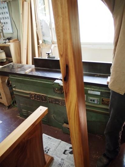 欅一枚板テーブル(くさび留め耳付き板脚)5
