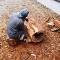 今日の作業20120709 ~イチイ空洞木を磨いています~