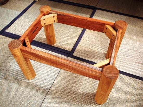 胡桃輪切りのティーテーブル3脚